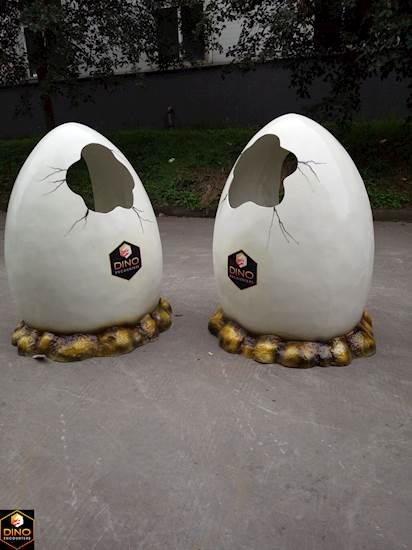 <p>Dino Egg Prop</p>