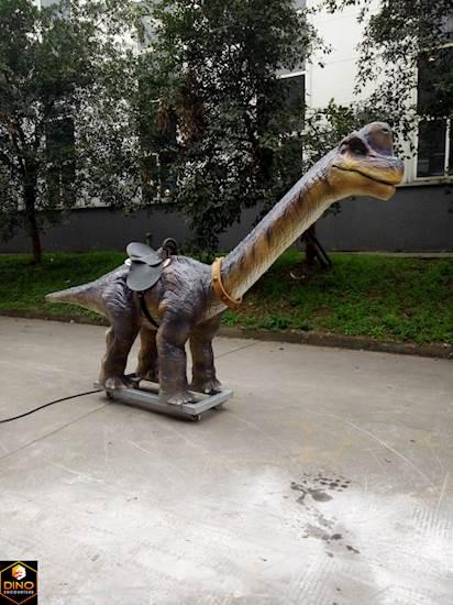 <p>Brachiosaurus Ride</p>
